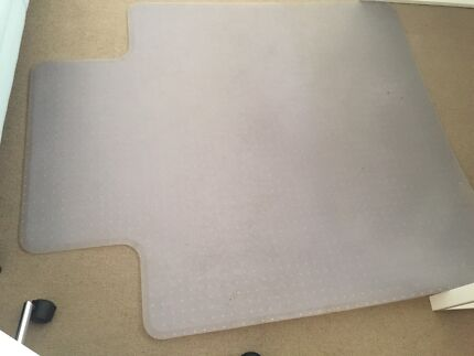 Large plastic desk chair mat in excellent condition Maroubra Eastern Suburbs Preview