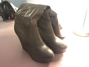 Size 9 calf height tan wedge boots