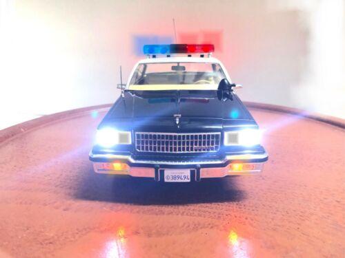 1987 Chevy Caprice CHP 9C1 Police 1/18 California Highway Patrol WORKING LIGHTS