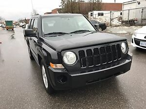 2010 JEEP PATRIOT VERY CLEAN ONLY 130 K SAFETY & E-TEST $7990