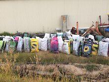 Fertiliser free of chemicals - horse manure Narre Warren North Casey Area Preview