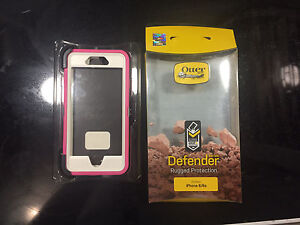 Un-used New in box otter box defender for iPhone 6