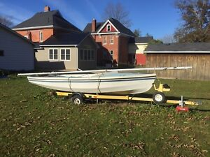 CL-16 Sailboat + Trailer