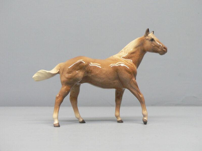 Retired Hagen Renaker Horse Chestnut QH Stallion