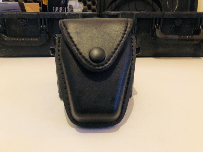 Safariland Black Leather Handcuff Pouch