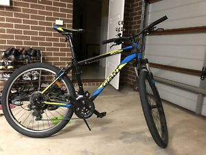 Giant Boulder 2017 Aluxx 6000 series mountain bike