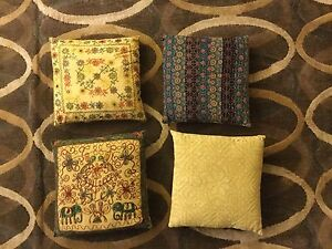Decorative / accent pillows