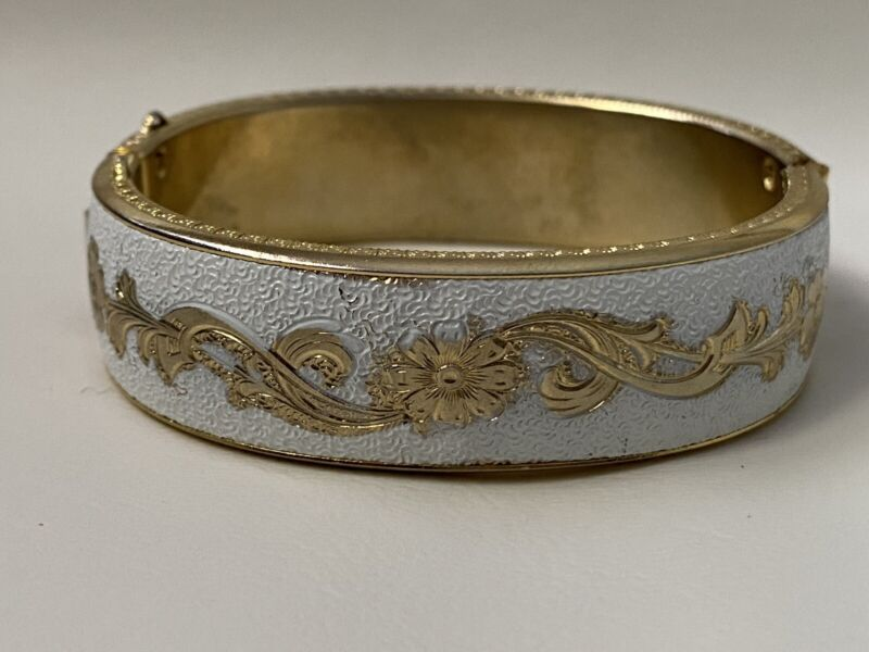 Victorian White & Gold Tone Etched Hinged Bracelet ~Beautiful~