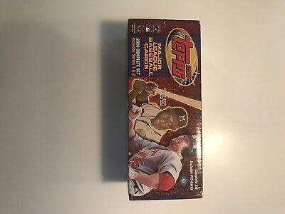 2000 Topps Major League Baseball Complete Set Series 1&2 in original box