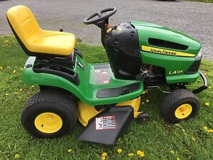 """John Deere LA125 Lawn Tractor with 42"""" Mowing Deck - SOLD PPU"""