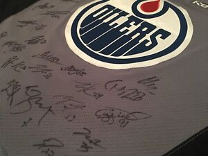 2017-18 team signed oilers practice jersey