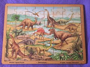 Casse-tête en bois dinosaures