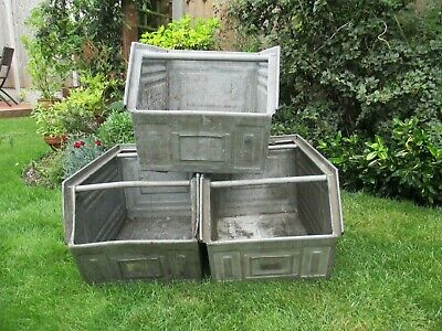Metal tote pans/tins/planters/containers/garden/storage/industrial