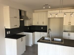 **3 bedroom 2018 new construction for rent**