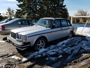 1984 Volvo 244 Turbo GLT
