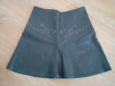Vintage Gianni Versace dark grey leather mini Skirt size 8/10 ?? 26 Inch waist