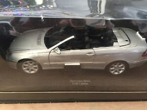 Rare BNIB 1:18 Mercedes CLK 500 Cabrio Metal Collector Car