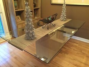 Glass table with marble base Windsor Region Ontario image 4
