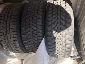 Pneu d'hiver 225/40/18 2 Michelin xice et 2  blizzak lm32