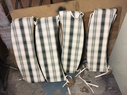 Outdoor setting cushions