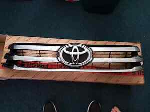 2016 SR5 Toyota Hilux front grill Wyong Wyong Area Preview