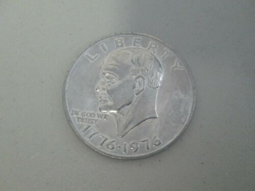 "VINTAGE 1776-1976 LARGE LIBERTY EISENHOWER EAGLE NOVELTY COIN  3"""