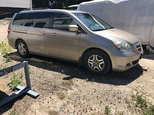 2006 HONDA ODYSSEY Leather Fully loaded $2500