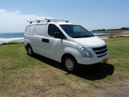 2010 Hyundai iLoad AUTOMATIC * TURBO DIESEL * 169k * DELIVERY Fairy Meadow Wollongong Area Preview