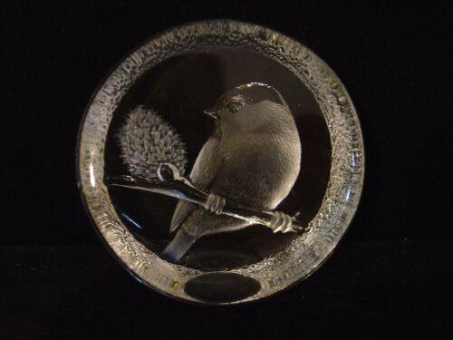 VINTAGE MATS JONASSON CRYSTAL BIRD ON BRANCH PAPERWEIGHT SIGNED M.J. SWEDEN 2210