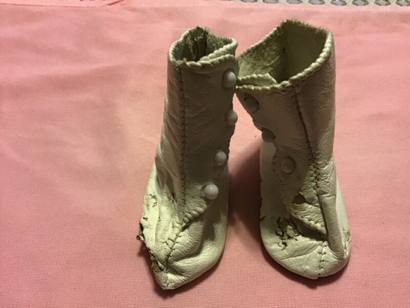 Antique White Soft Leather High Top Baby Boots: Appox. Size .5: Button Fasteners