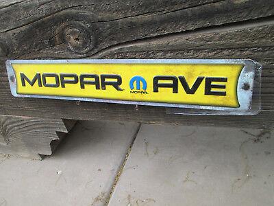 MOPAR AVE Challenger Metal Display  Plymouth Petty Mopar RT TA SE 70 71 19