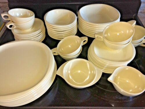 Boontonware Melamine 50 Pc Set SPACE BELLE YELLOW SERV For 8 people EUC USA 🇺🇸