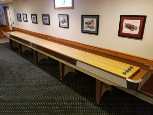 American Shuffleboard Table - Regulation Size - 22 Feet - PERECT CONDITION