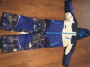 Snow suit for boys size 7, for girl's size 4.