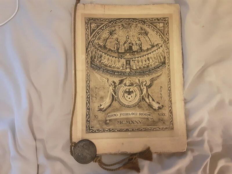 1925 Pope Pius XI Jubilee Holy Year History Book with Replica Papal Seal