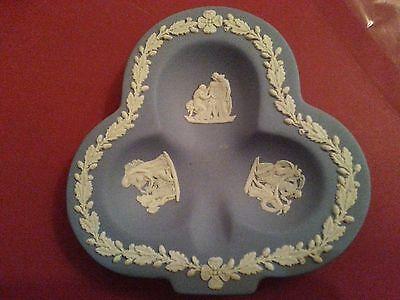 (Vintage light blue Wedgwood Jasperware