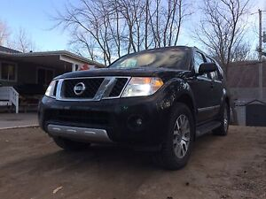 2008 Nissan pathfinder 4x4 v8 will deliver