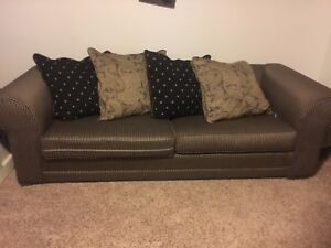 EUC Black and gold couch