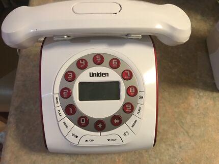 Uniden retro style phone