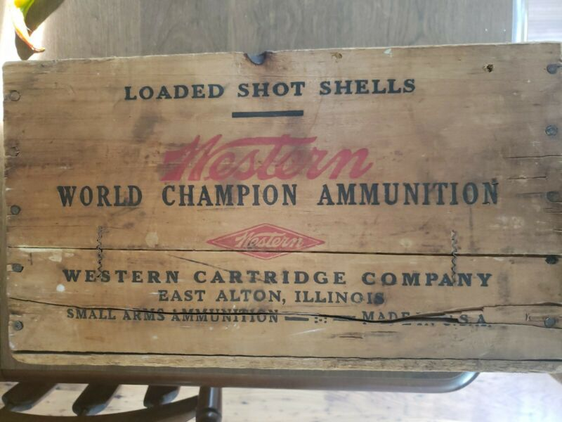 Western vintage 16 Guage Shotgun Shells Ammunition Wooden Crate Hunting Super X