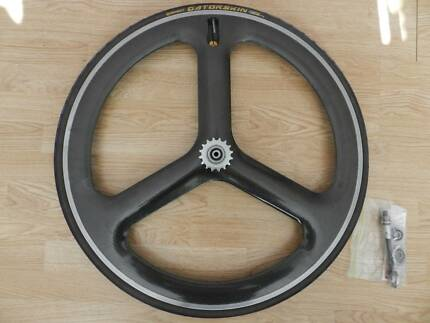 Specialized / HED 3 Trispoke Rear Clincher 700c Fixed/Track