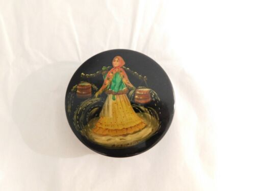 Vintage Fedoskino Russian Lacquer Box Going to the Well Hand Painted Round Box