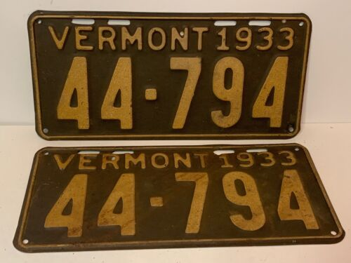 Matched Pair 1933 Vermont License Plates, Tags