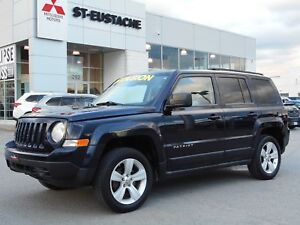 2011 Jeep Patriot Sport/North   4x4 ** A/C