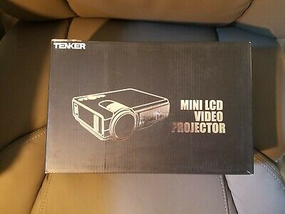Tenker Q5 Mini LED Projector - Black