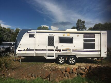 2009 Regal Custom Super Cruiser Caravan