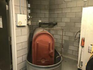 Réservoir 300 gallon (1135 litres) avec anti déversement