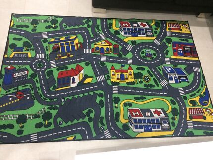 Immaculate play rug Cecil Hills Liverpool Area Preview