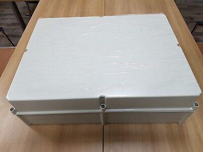 Himeline - Thomas Betts Polyester Non-metallic Enclosure - Hs21d9 21x28x9 Inch