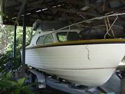 5.8m cabin cruiser / fishing boat  boat Eatons Hill Pine Rivers Area Preview